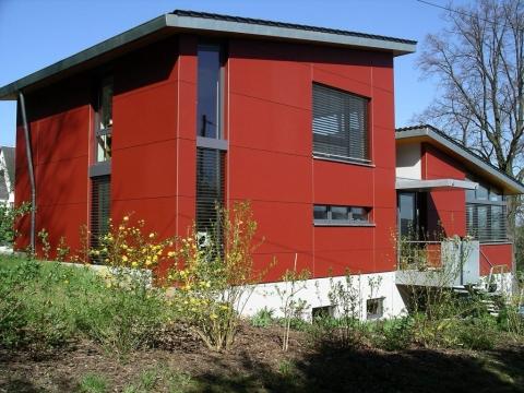 Meisterdach online Faserzementfassade Wohnhaus in Wurbis