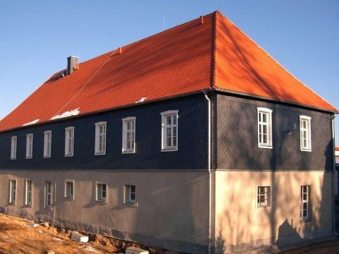 Meisterdach online Wandverkleidung mit Schiefer Spitzwinkelschablone